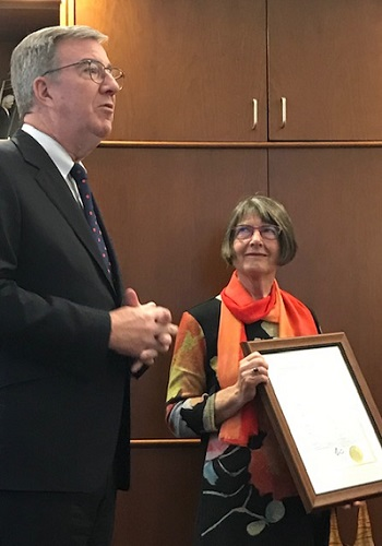 Ottawa Mayor Jim Watson with GRAN member Stella Val